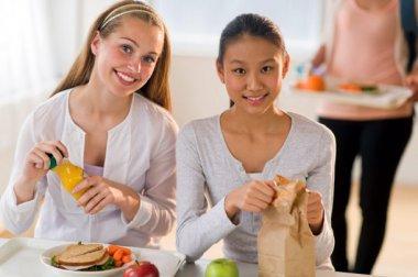 Encourage healthy habits with children