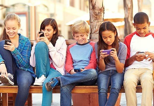 Tweens, teens and cell phones