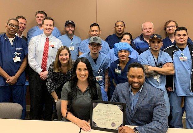 Summerlin Hospital recibe el premio de sustentabilidad financiera por la administración responsable del equipo médico